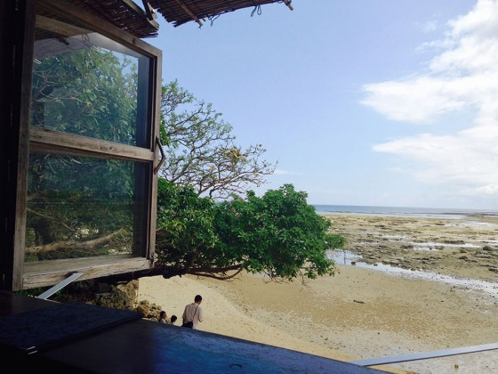 大阪のサプライズプロポーズ 浜辺の茶屋