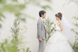 小さな結婚式始めました!フォトウエディング&プチウェディングを先行予約で記念品プレゼント☆