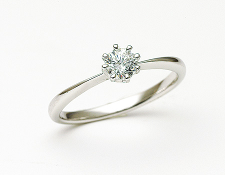 エンゲージリング婚約指輪プロポーズ