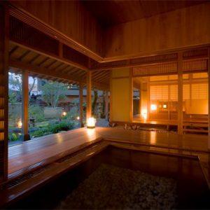 大阪gardenのサプライズプロポーズ 陶泉 御所坊