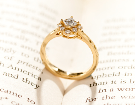 Maxiの婚約指輪種類