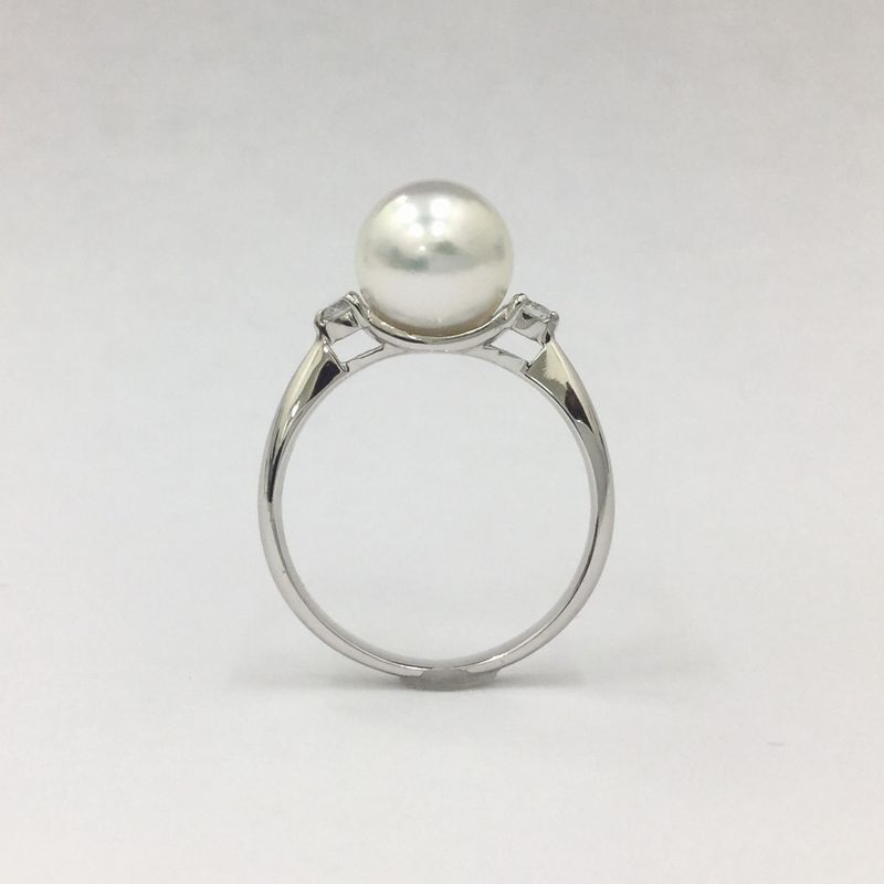 花珠真珠の指輪(パールリング)