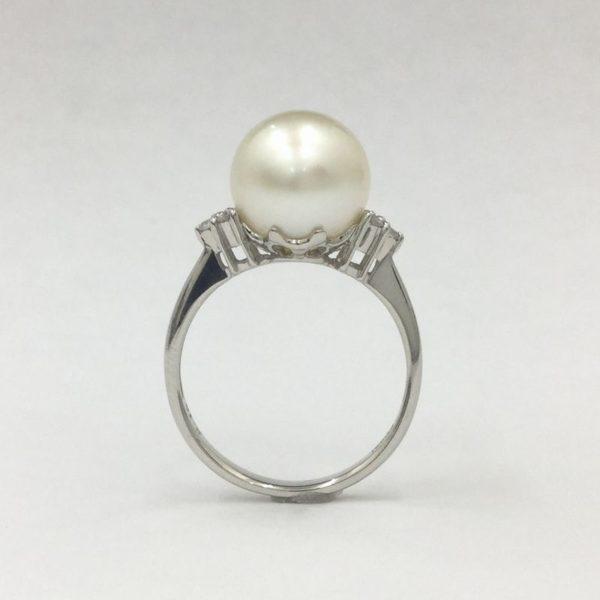 真珠のリング