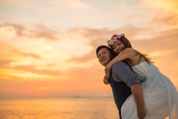 大阪の結婚前撮りドレスロケーション海夕日