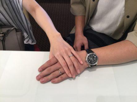 サプライズ後のデザイン選び マリアージュエントの結婚指輪 (貝塚市)