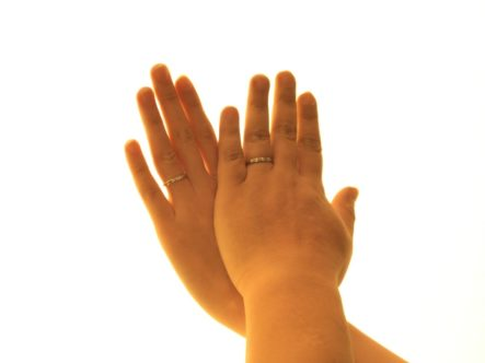 サムシングブルーの結婚指輪