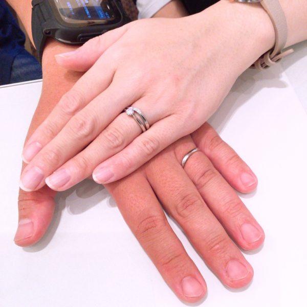 ガーデンオリジナルの婚約指輪とエトルの結婚指輪をご成約頂きました。(住之江区)