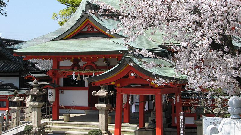 南大阪結婚式で和装は奈加美神社