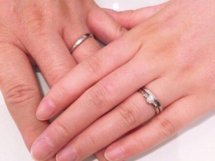 ガーデンオリジナルの婚約指輪とロゼットの結婚指輪をご成約頂きました(岸和田市)