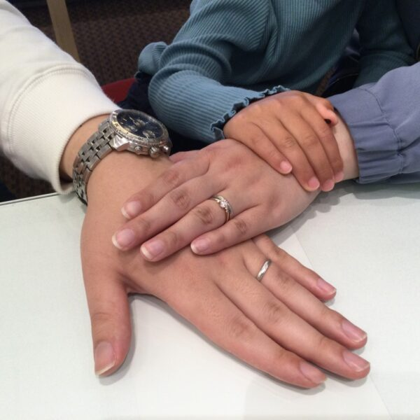 ひなの婚約指輪とフィッシャーの結婚指輪をご成約頂きました(大阪府泉南郡熊取町)