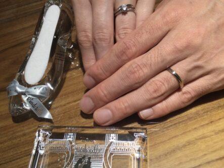 ガーデンオリジナルの婚約指輪とディズニーシンデレラの結婚指輪をご成約頂きました(大阪府柏原市)