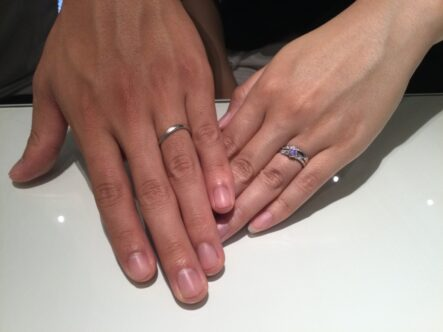 Mariage entの婚約指輪と彩乃瑞の結婚指輪をお選びいただきました。(大阪府泉佐野市)